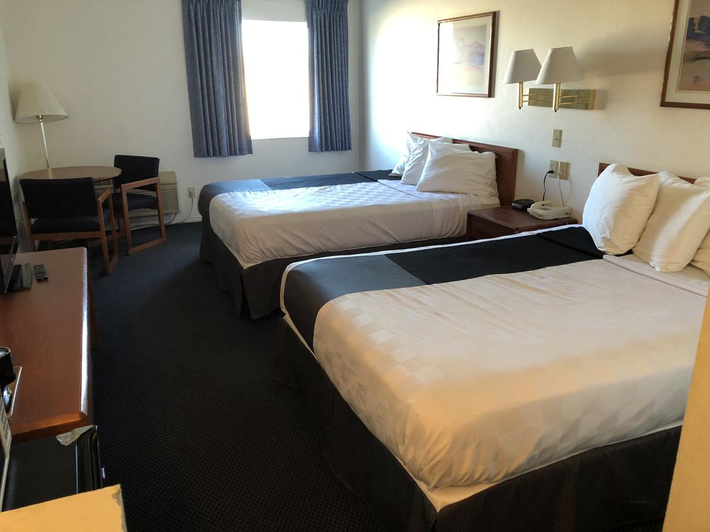 Americas Best Value Inn Green River - Double Beds-2