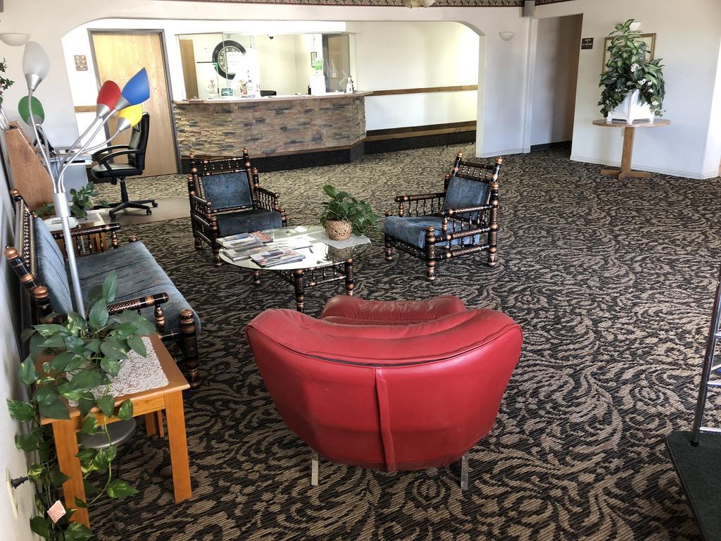 Americas Best Value Inn Green River - Lobby-1