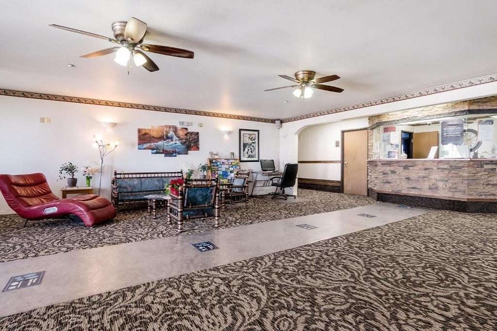 Americas Best Value Inn Green River - Lobby Area