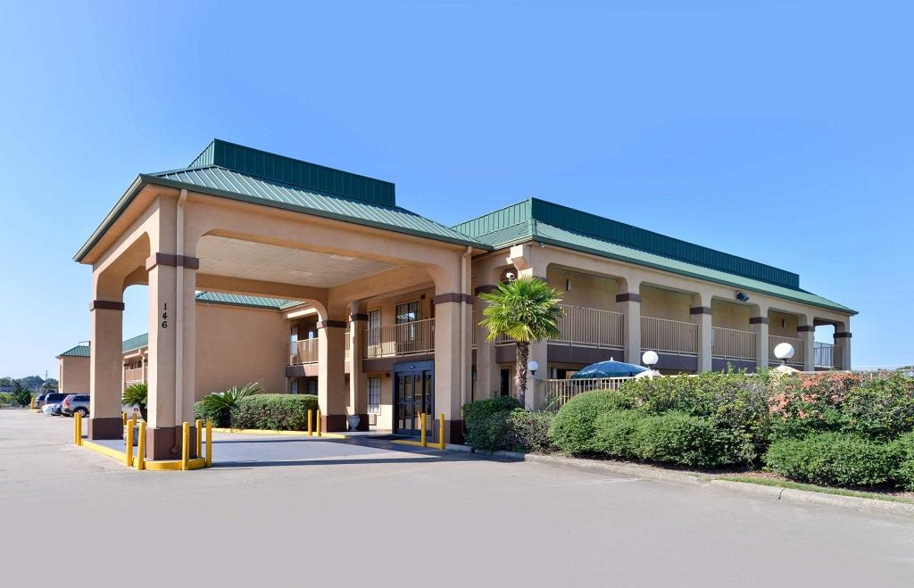 Americas Best Value Inn Denham Springs - Exterior-2