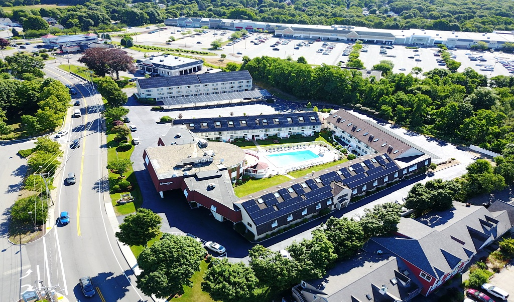 Admiralty Inn & Suites - Hotel Exterior - Aerial View