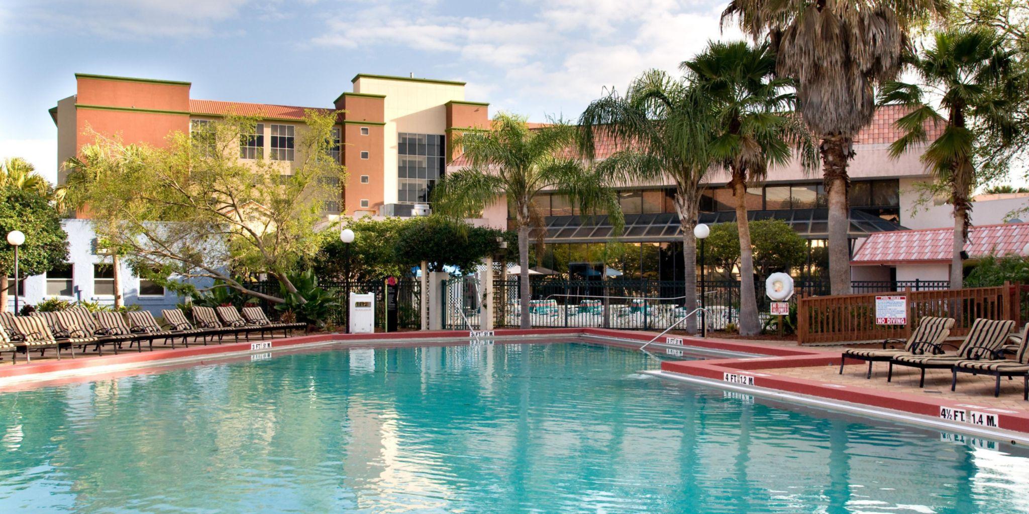 Allure Resort Orlando - Outdoor Pool-1