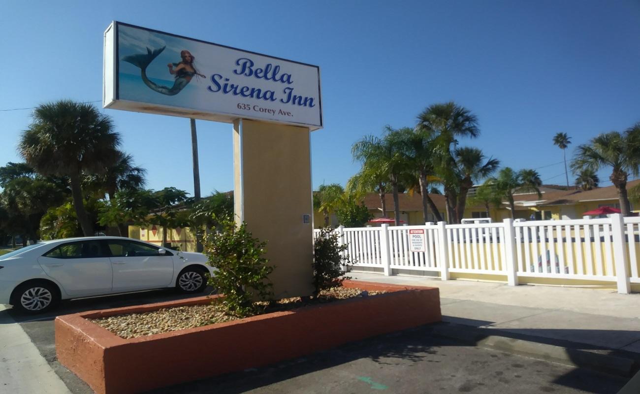Bella Sirena Inn - Exterior