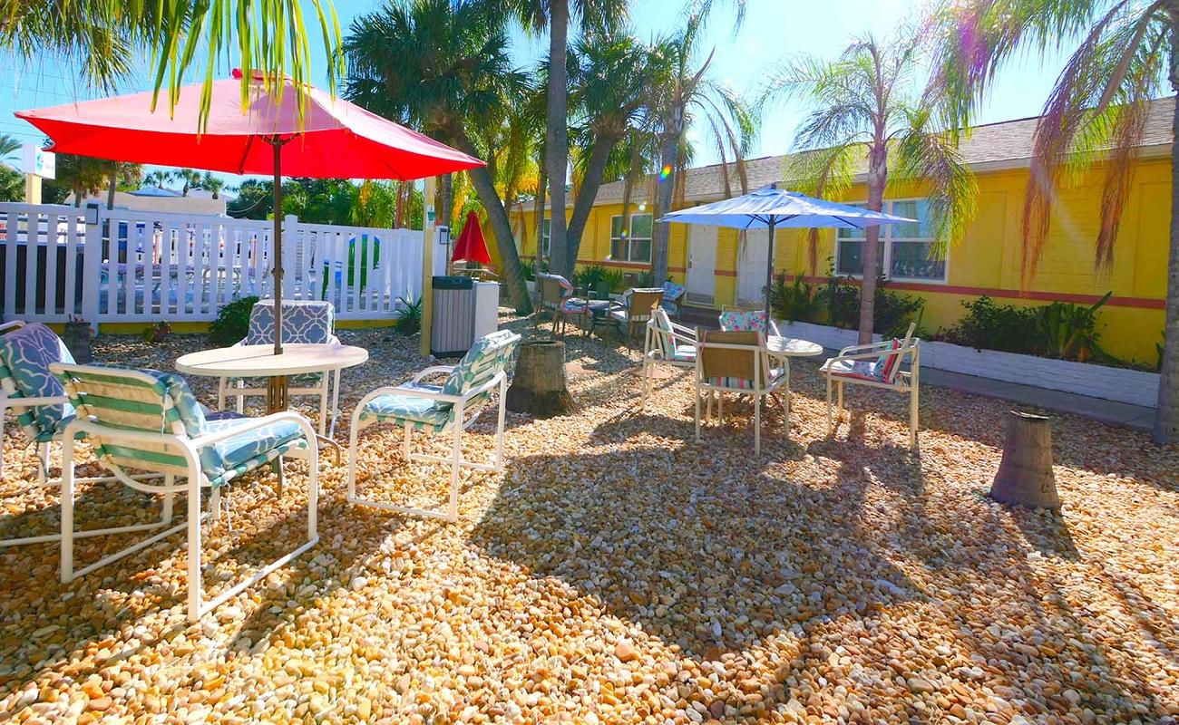 Bella Sirena Inn - Outdoor Exterior