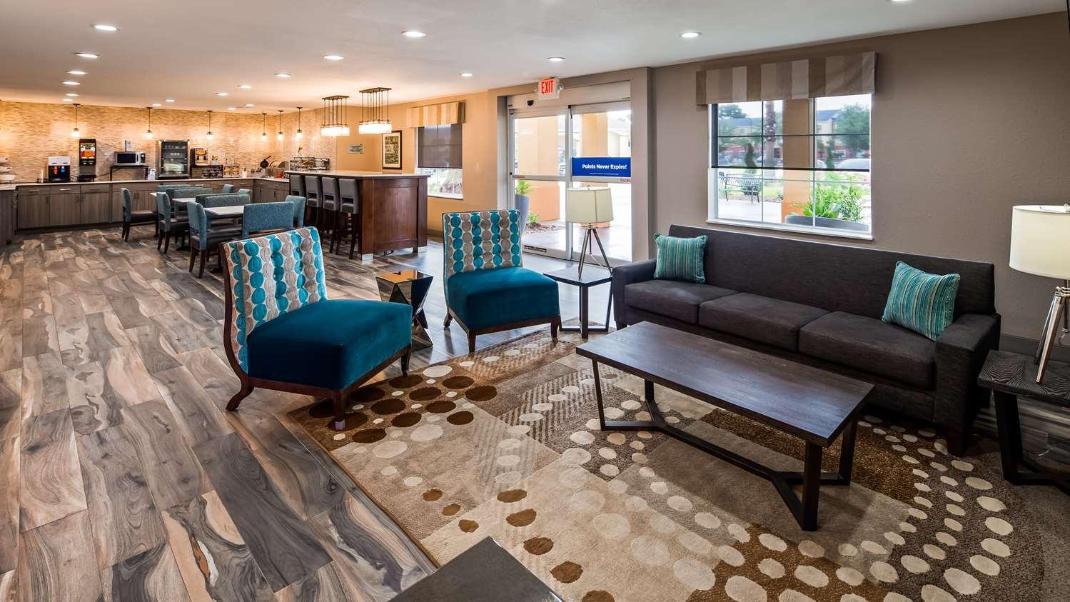 Best Western Lafayette Inn - Lobby Area