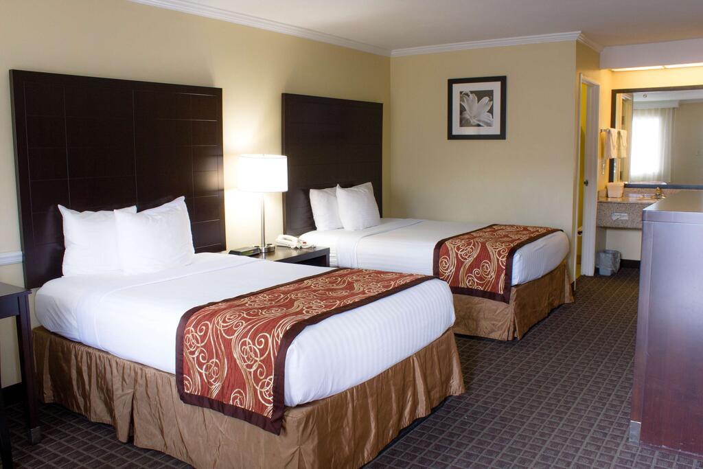 Best Western Mckenzie - Double Beds Room
