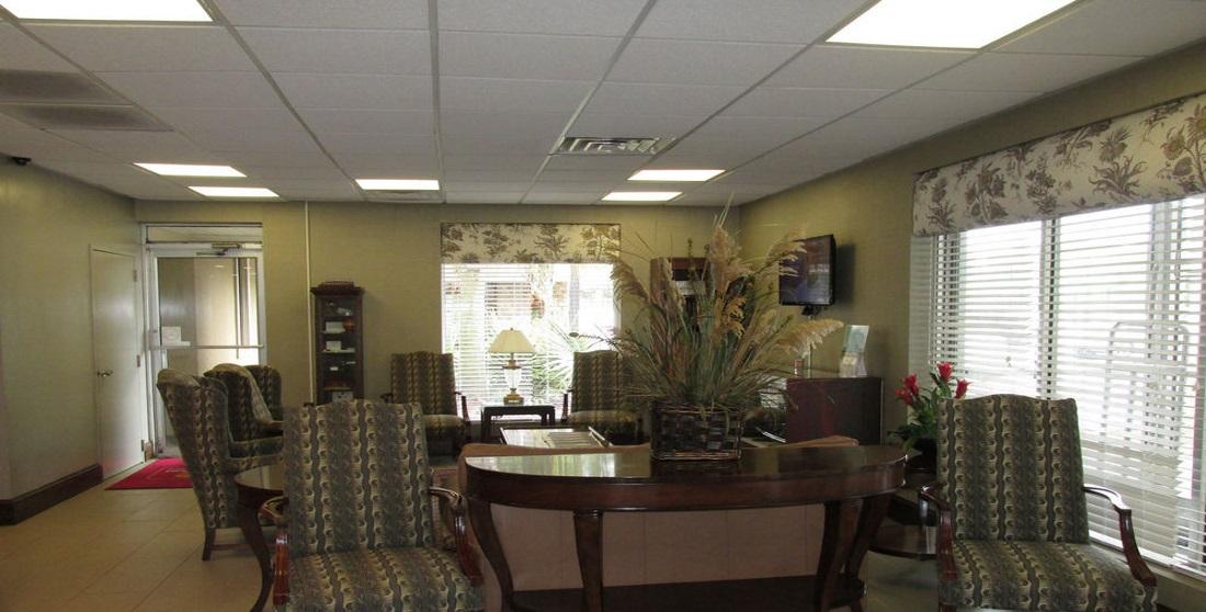 Charleston Grand Hotel - Lobby Area