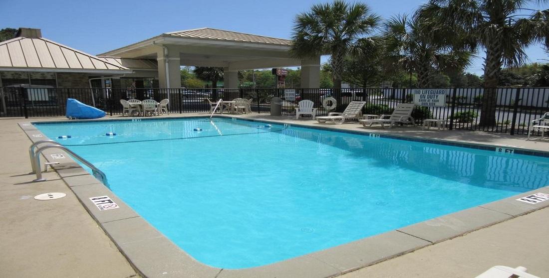 Charleston Grand Hotel - Pool