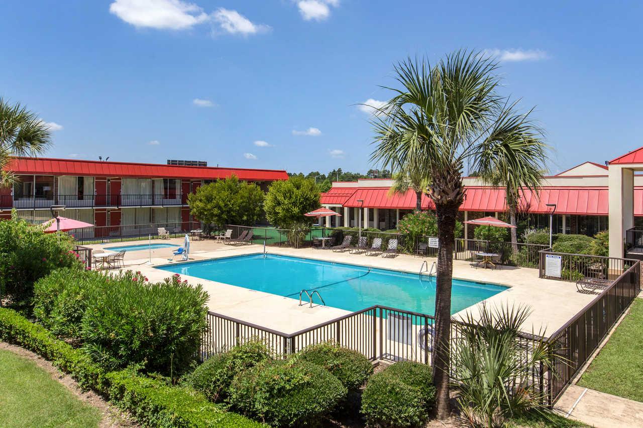 Clarion Inn Santee - Pool
