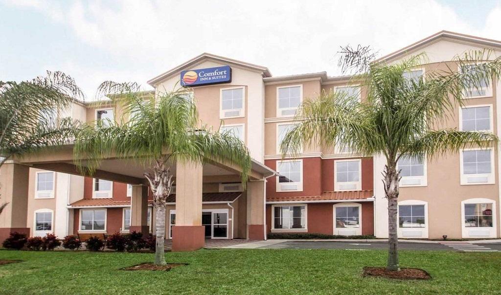 Comfort Inn & Suites Maingate South - Exterior
