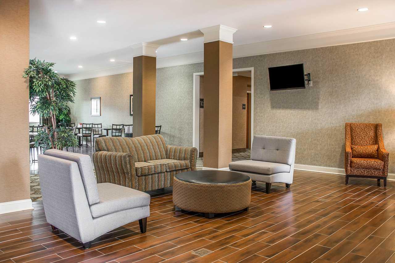 Comfort Inn Huntsville - Lobby Lounge