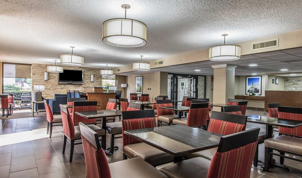 Comfort Inn Jackson - Dining Area