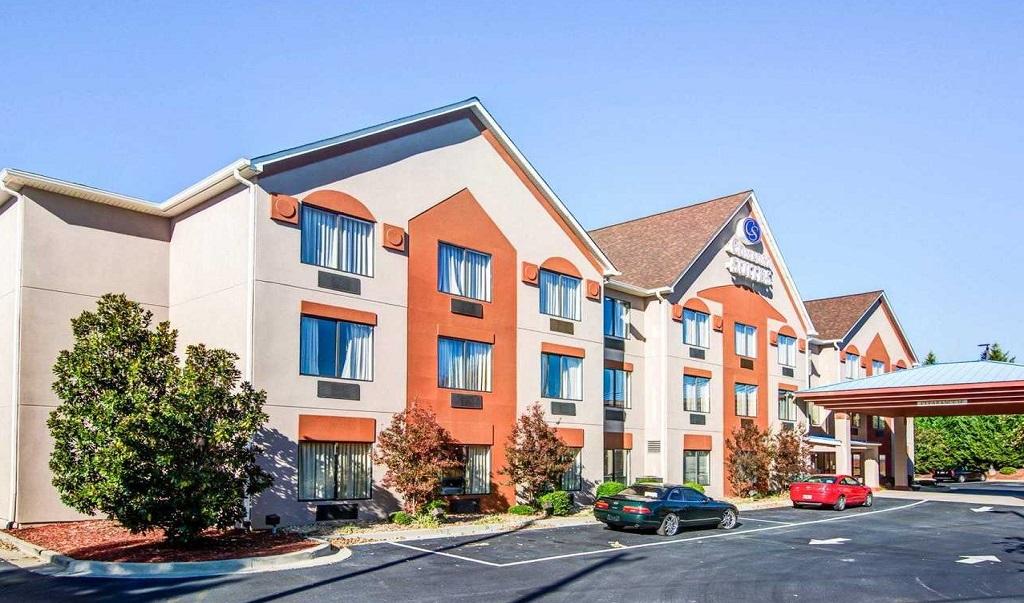 Comfort Suites Lawrenceville - Exterior-2