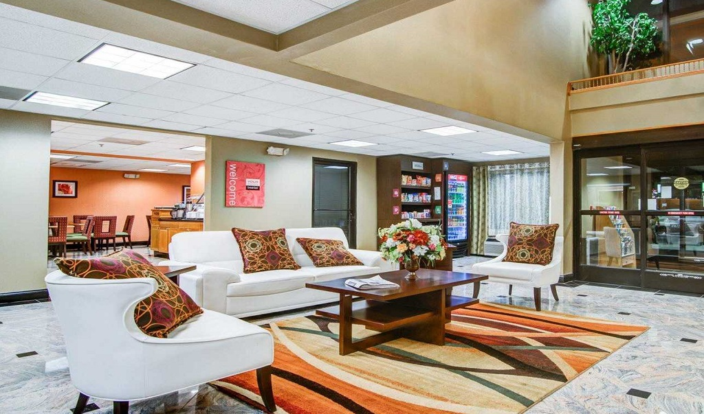 Comfort Suites Lawrenceville - Lobby-2