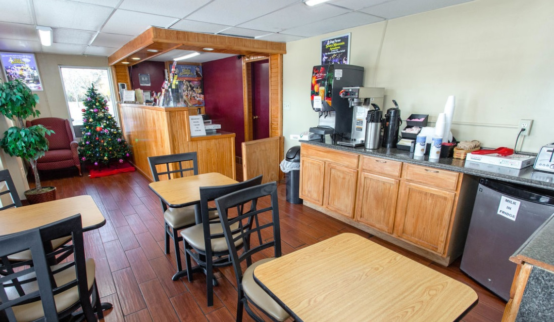 Conner Hill Motor Lodge - Breakfast Area