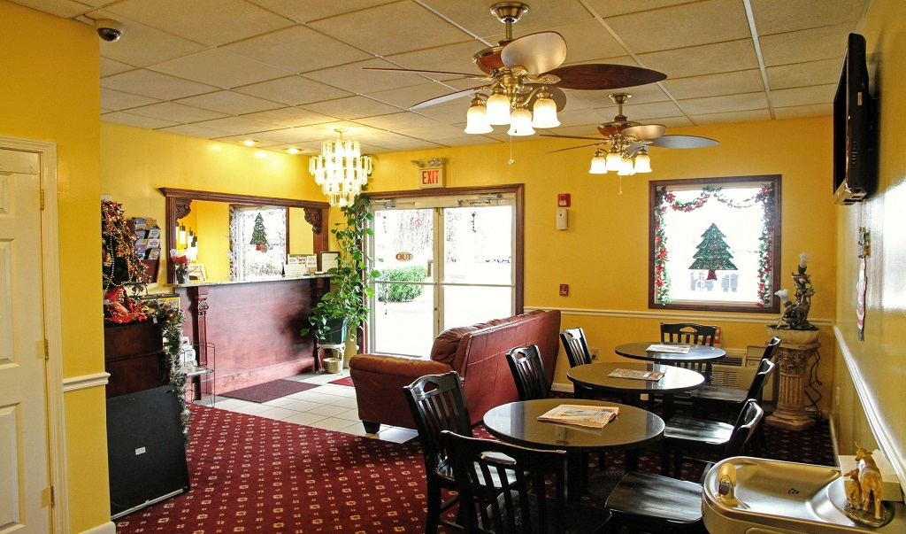 Country Hearth Inn & Suites Union City - Lobby Lounge