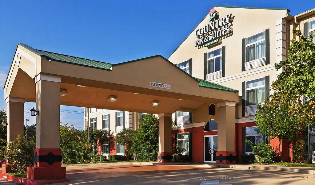 Country Inn and Suites Austin University Texas - Exterior-1