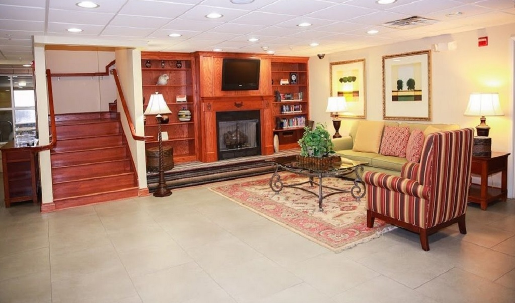 Country Inn & Suites Wytheville - Lobby-1