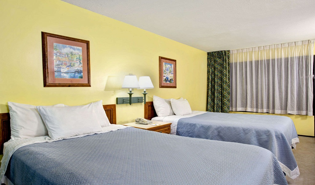 Days Inn And Suites Davenport - Double Beds