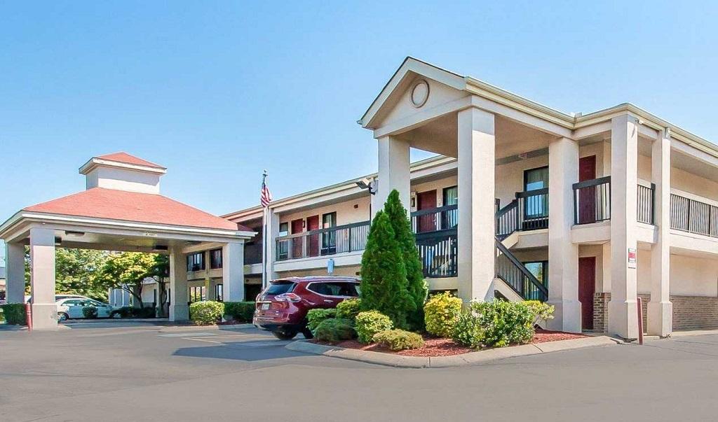 Econo Lodge Inn & Suites Murfreesboro - Exterior-1