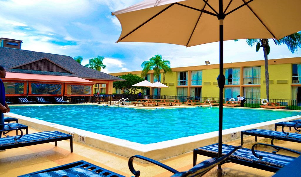 Floridian Express International Drive - Pool-2