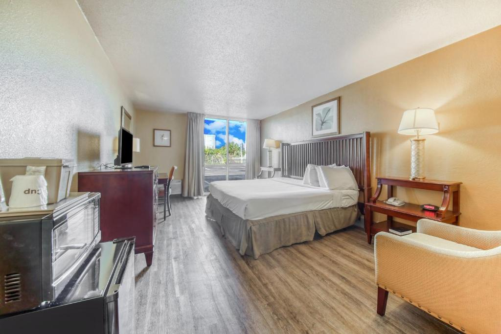 Floridian Express Extended Stay Hotel - Single Bed Room