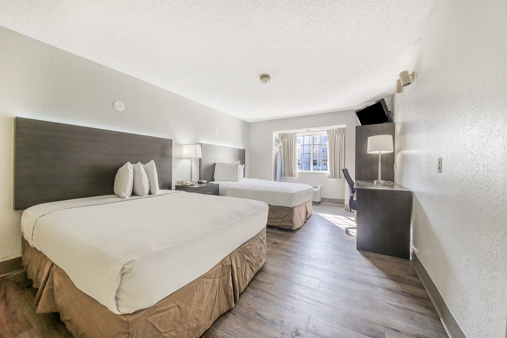 Floridian Hotel and Suites - Double Beds Room
