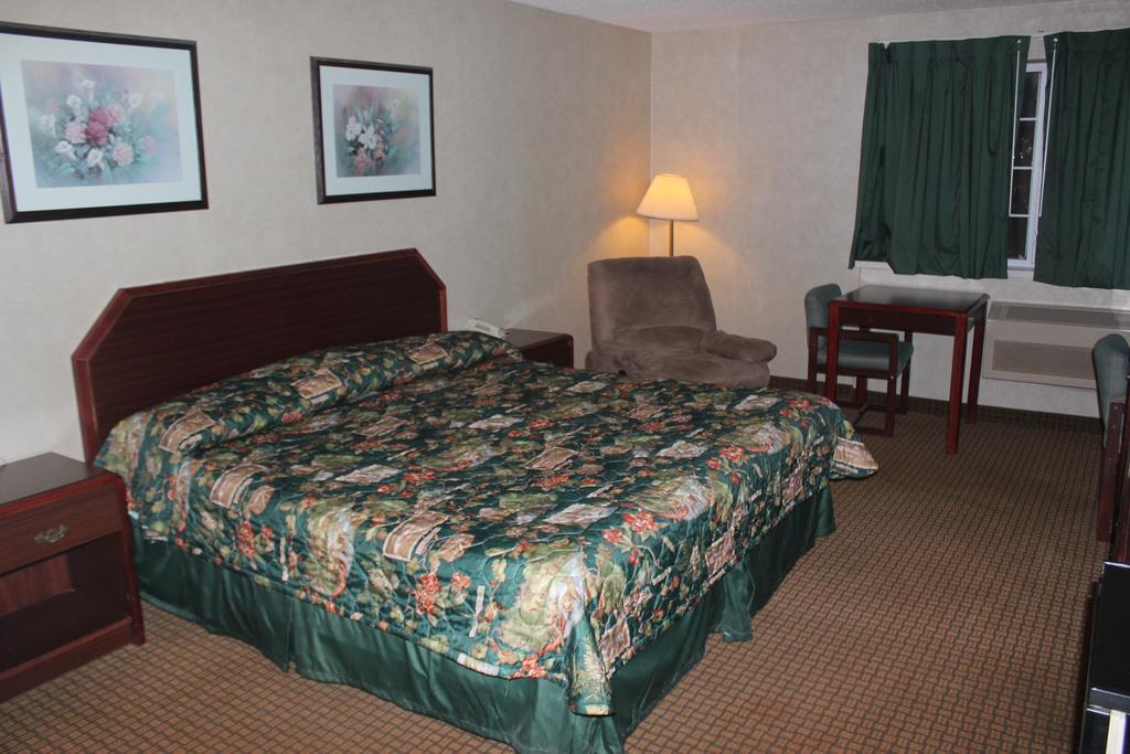 Garden City Inn - Single Bed