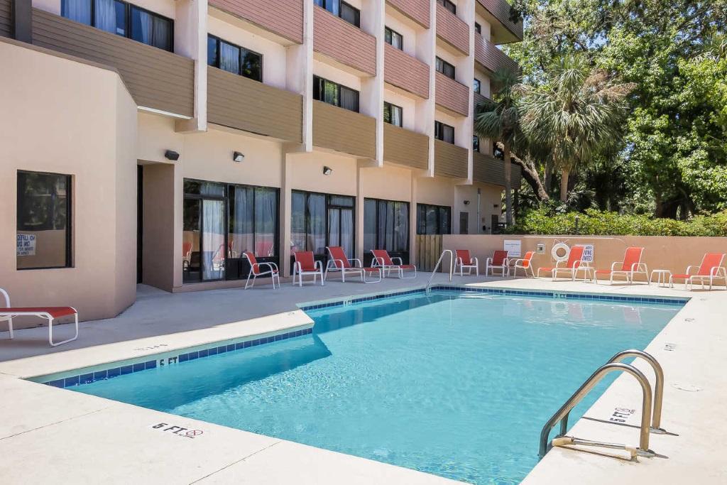 Grand Hilton Head Inn - Pool