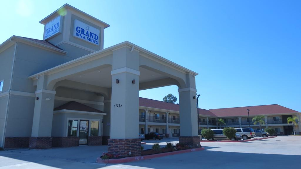 Grand Inn and Suites Houston - Exterior-2