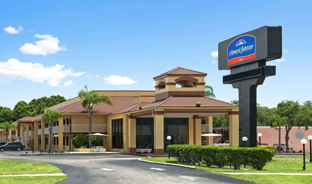 Howard Johnson Port Richey - Exterior