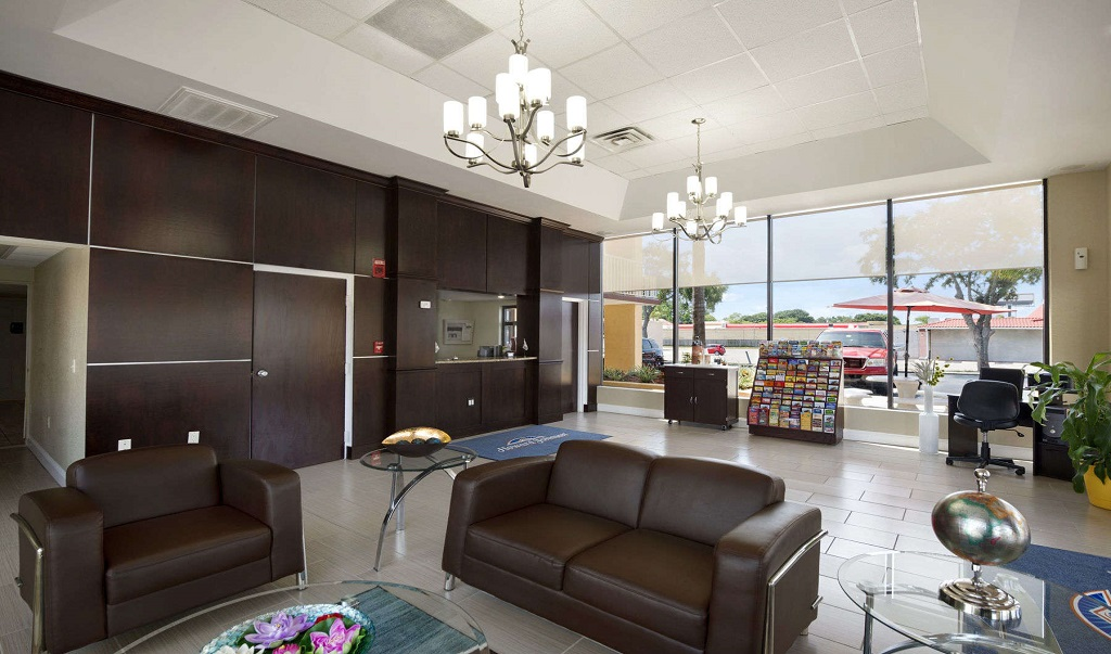 Howard Johnson Port Richey - Lobby Lounge