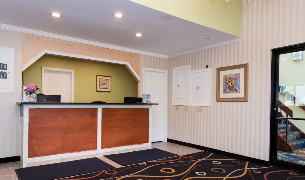 Mariner Motor Lodge - Lobby-2