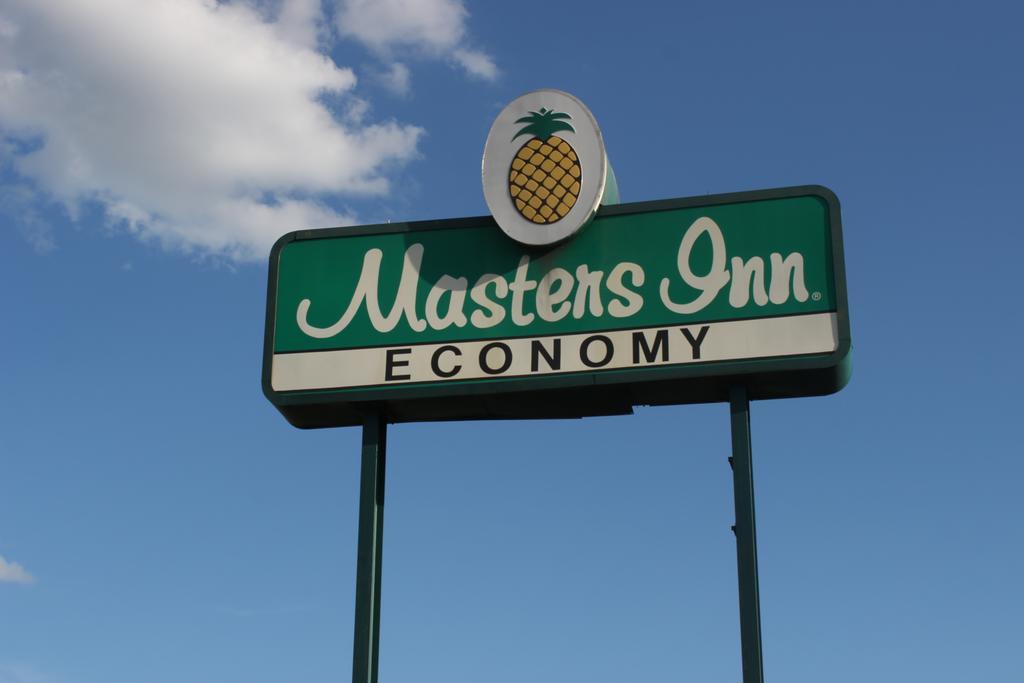 Masters Inn Tuscaloosa - Exterior Logo