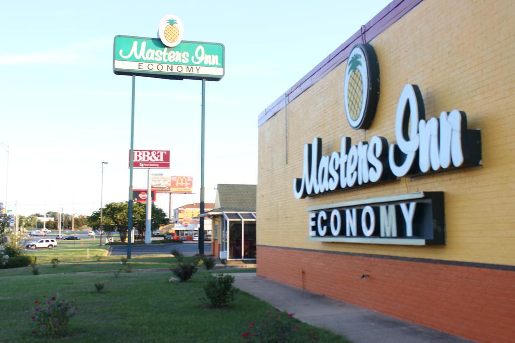 Masters Inn Tuscaloosa - Exterior-4