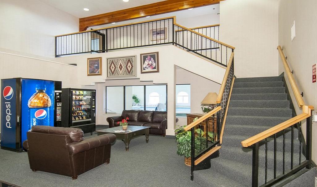 Navajoland Inn & Suites - Lobby Lounge