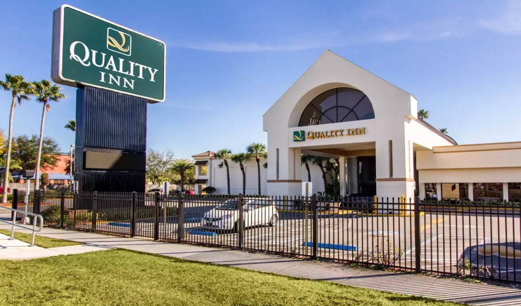 Quality Inn & Conference Center Tampa - Exterior