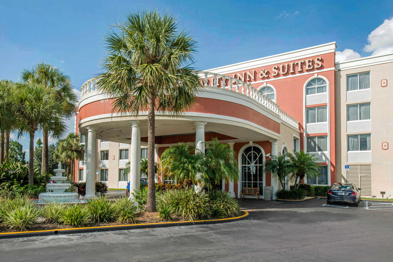 Quality Inn & Suites Orlando Florida Turnpike - Exterior-1