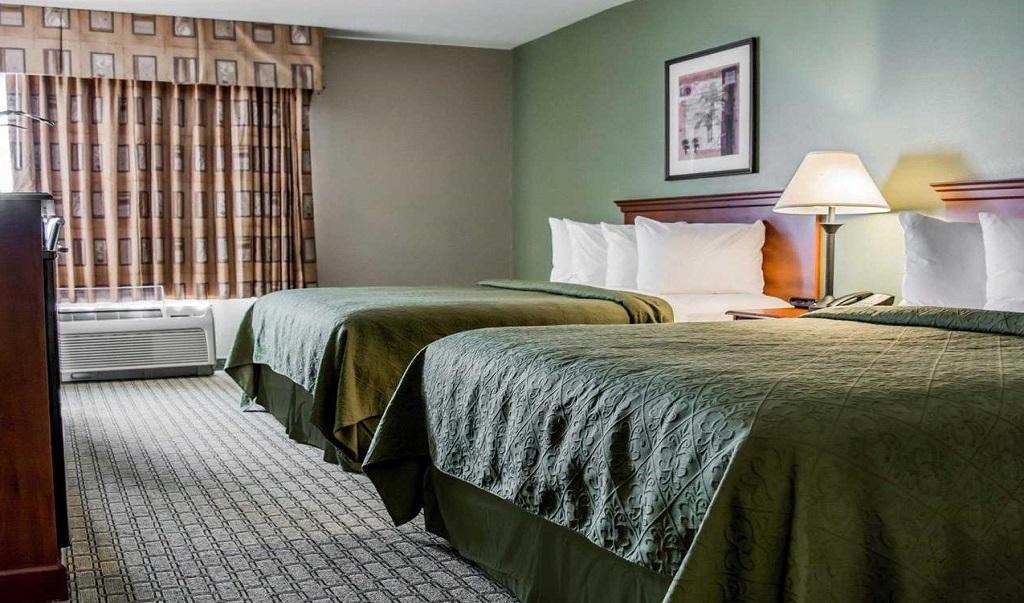 Quality Inn & Suites Near Fairgrounds Ybor City - Double Beds