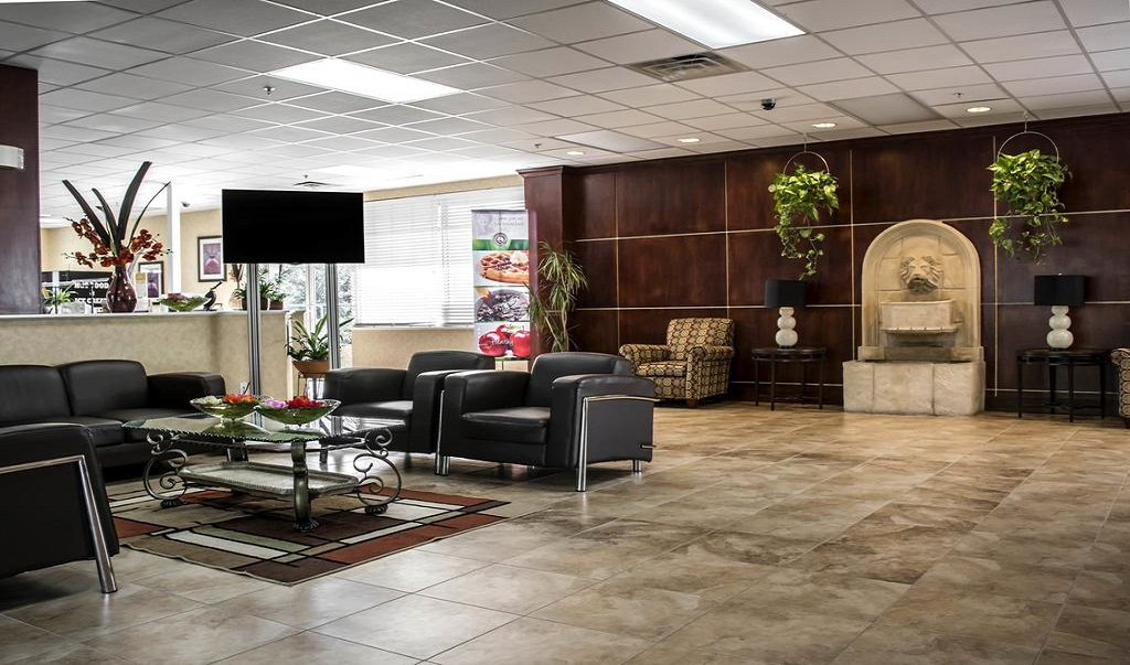 Quality Inn & Suites Near Fairgrounds Ybor City - Lobby-2