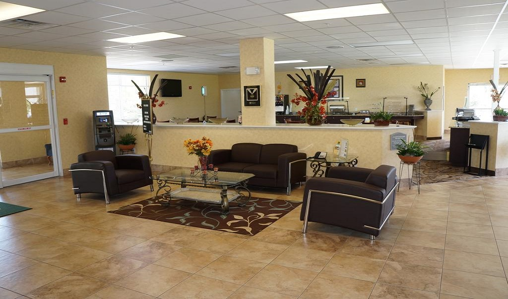 Quality Inn & Suites Near Fairgrounds Ybor City - Lobby-1