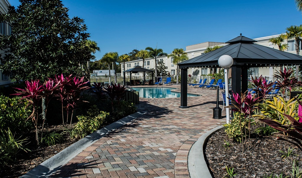 Quality Inn & Suites Near Fairgrounds Ybor City - Pool