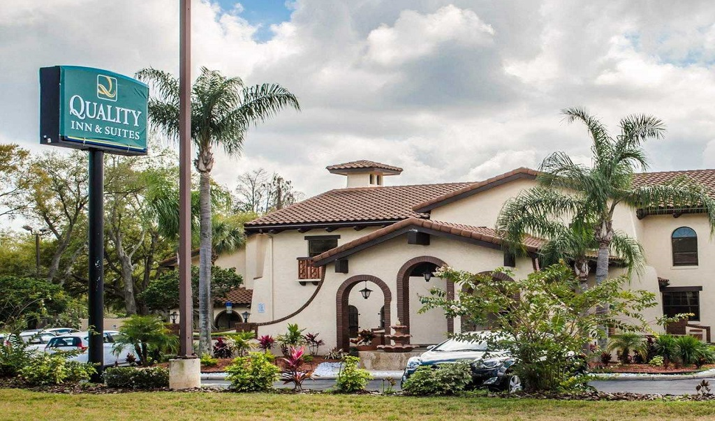 Quality Inn & Suites Tampa - Exterior-1