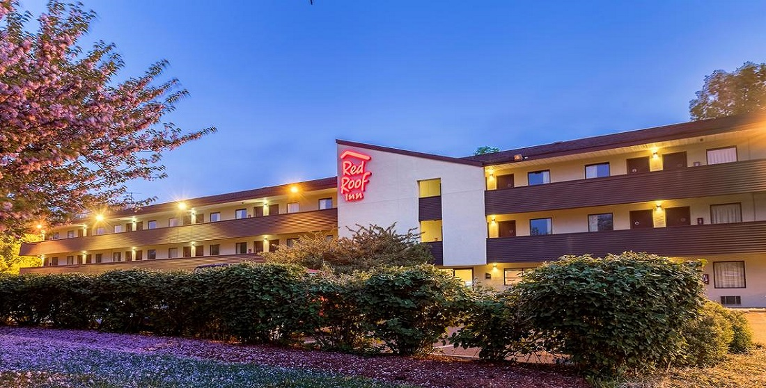 Red Roof Inn Tinton Falls Exterior 2