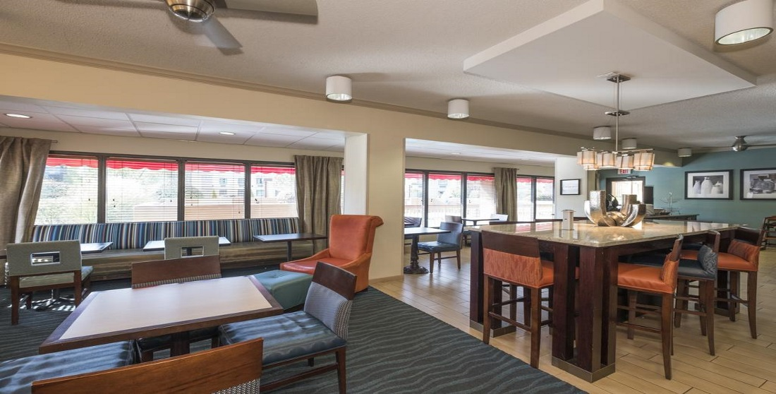 Red Roof Inn Tupelo - Dining Area