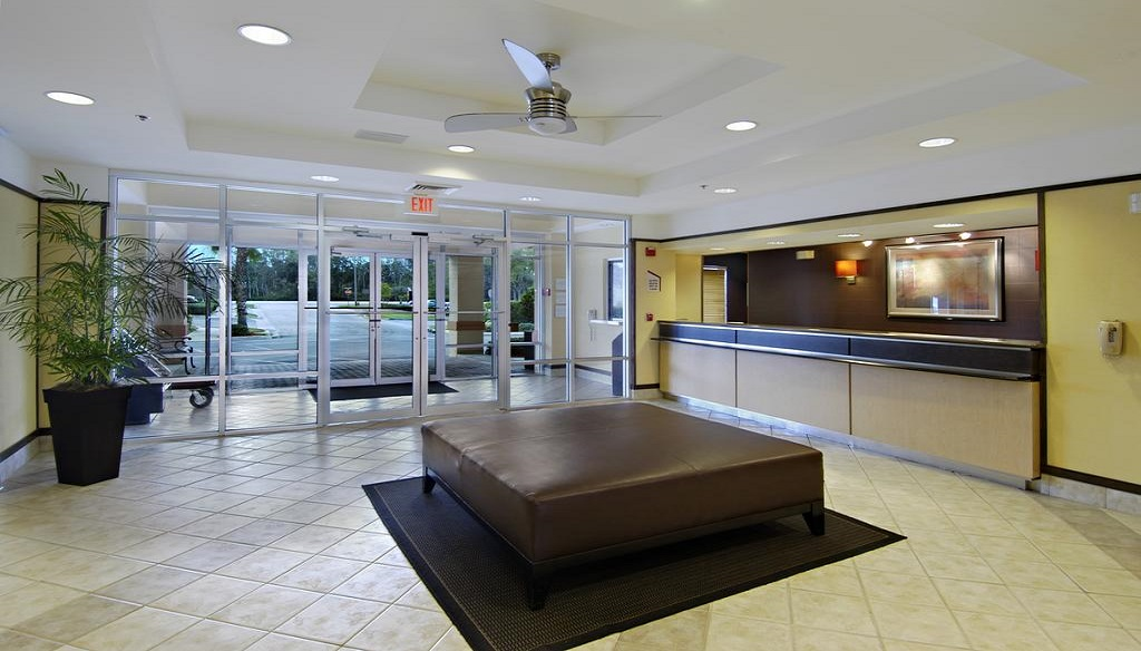 Red Roof Inn Orlando West - Ocoee - Lobby-3