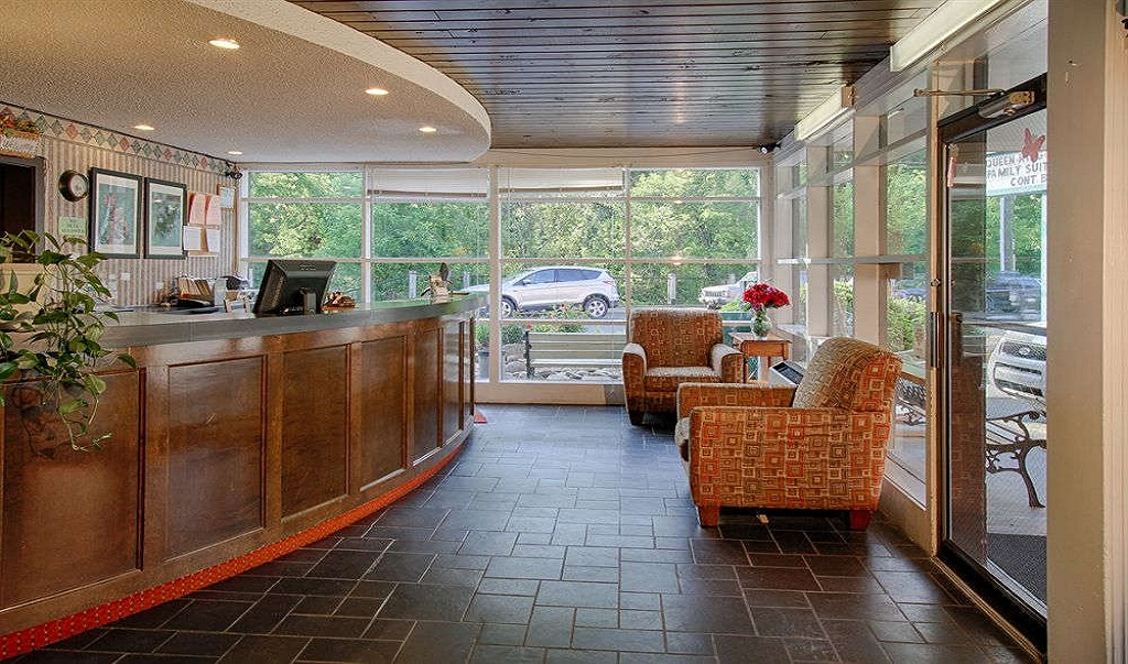 River Edge Motor Lodge Gatlinburg - Lobby