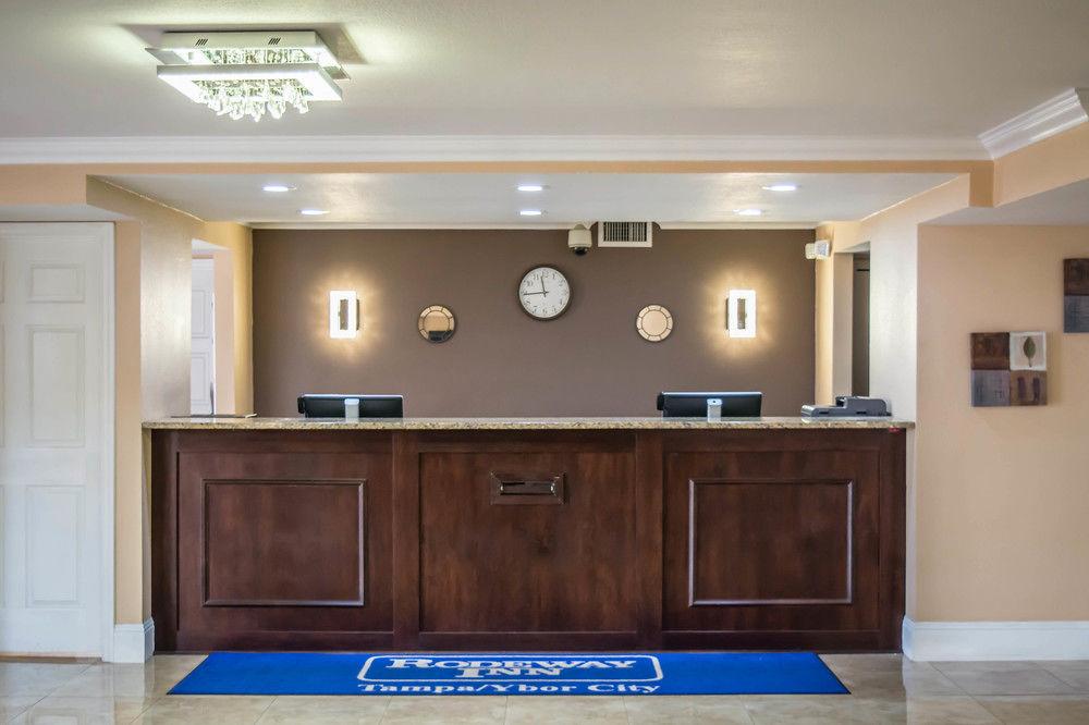 Rodeway Inn Near Ybor City Tampa - Lobby Area-1