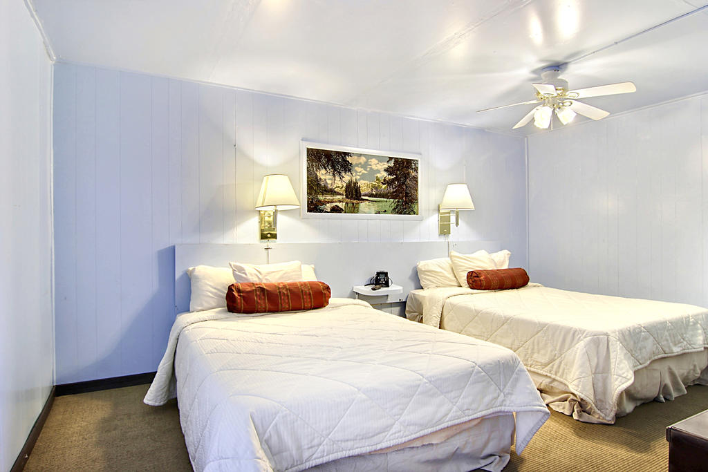 Route 66 Inn - Double Beds-2
