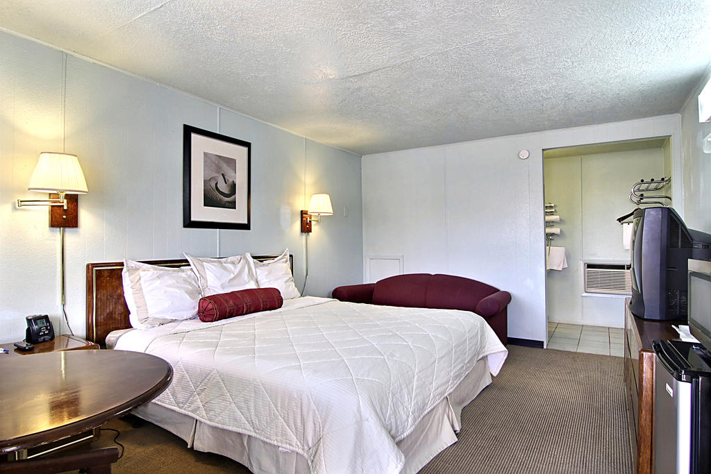 Route 66 Inn - Single Bed